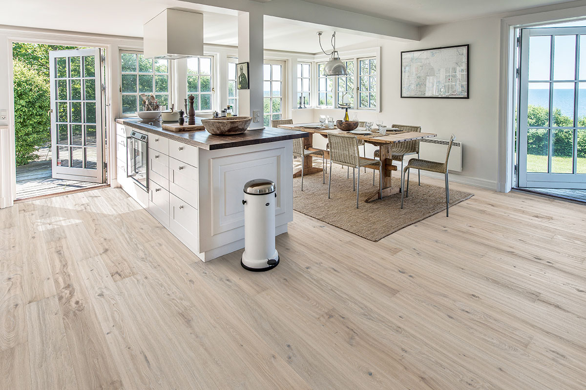 Scandinavian delight – light and white wood floors | Kährs